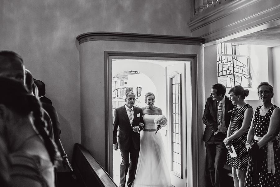 Hochzeit Braut Einzug