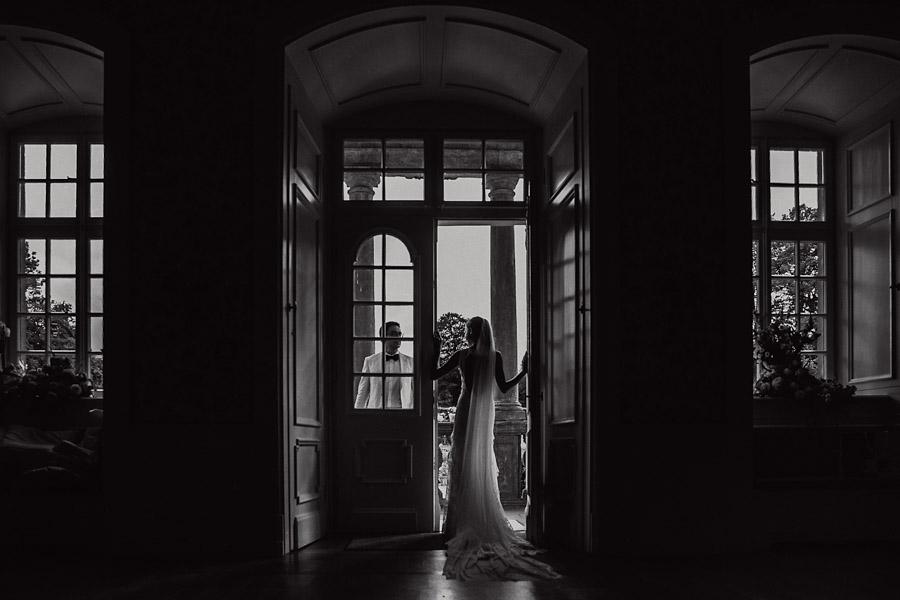 Hochzeit Brautpaarshooting Balkon