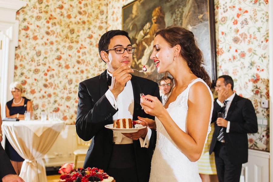 Hochzeitstorte Brautpaar Hochzeit