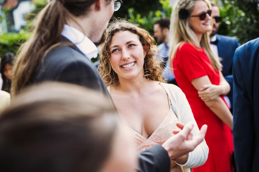 Hochzeitsgäste Unterhaltung