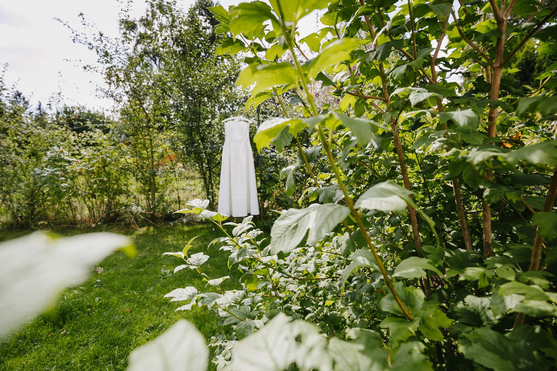 Brautkleid Garten