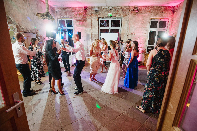 Party auf der Hochzeit