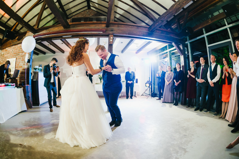 Hochzeitstanz im Schloss Linnep