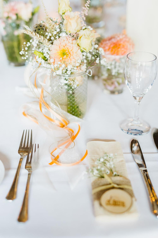 Tischdekoration der Hochzeitslocation