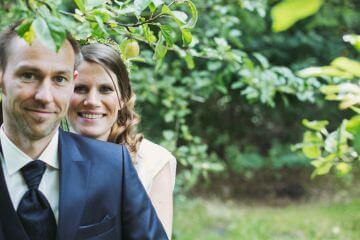 Sie heiraten in Düsseldorf, Münster oder anderswo? Als Hochzeitsfotograf sorgen wir für unvergessliche Bilder.