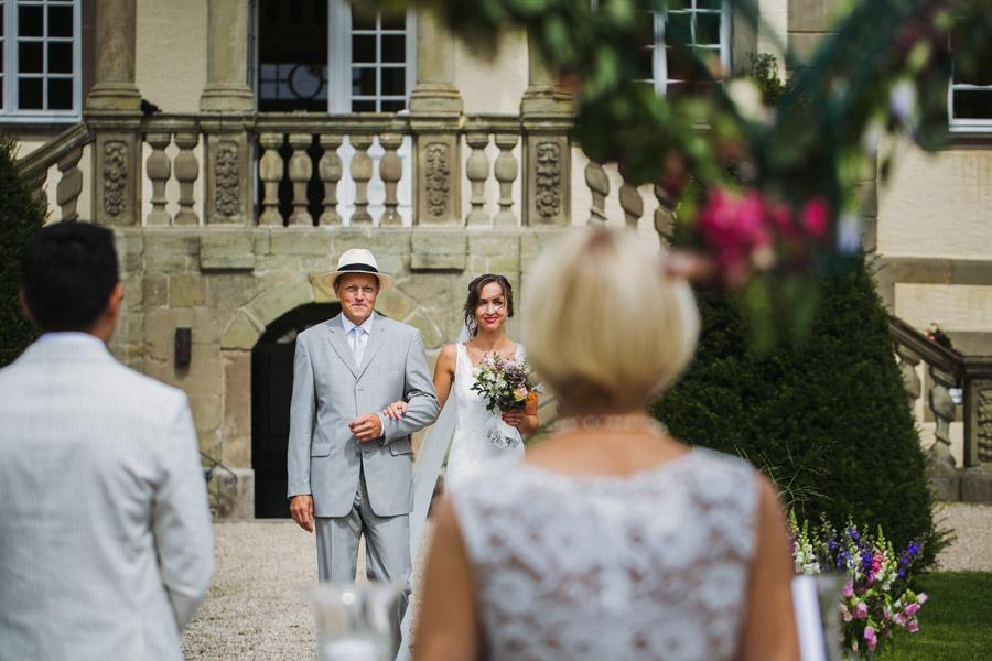 Braut Einzug Brautvater