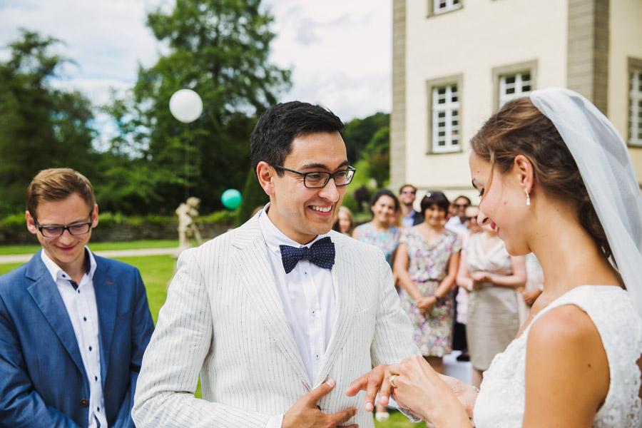 Brautpaar Ringwechsel Trauung