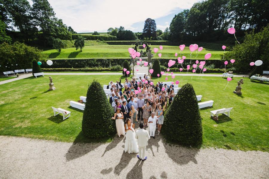 Hochzeit Gruppenfoto Luftballons