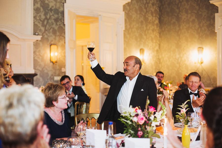 Hochzeit Prost Essen