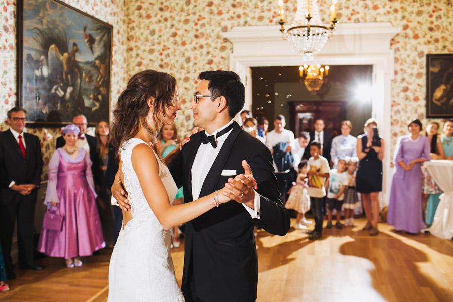 Hochzeit Hochzeitstanz Brautpaar
