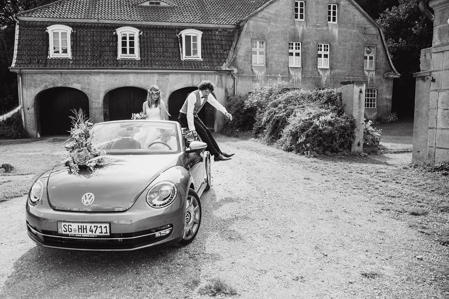 Brautpaar Auto Ankunft