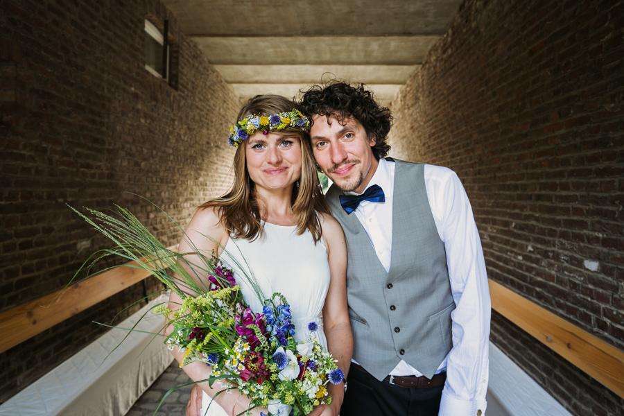 Brautpaar Hochzeitsshooting Brautstrauß