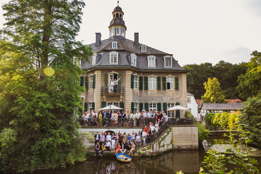 Hochzeit Gruppenfoto Schloss