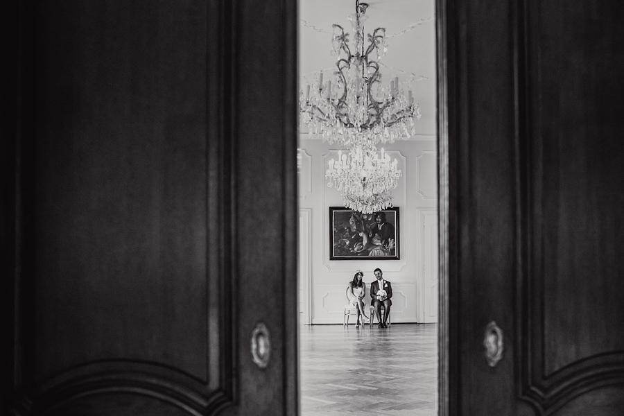Schloss Brautpaar Hochzeit