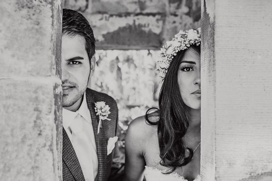 Hochzeit Brautpaar Blumenkranz