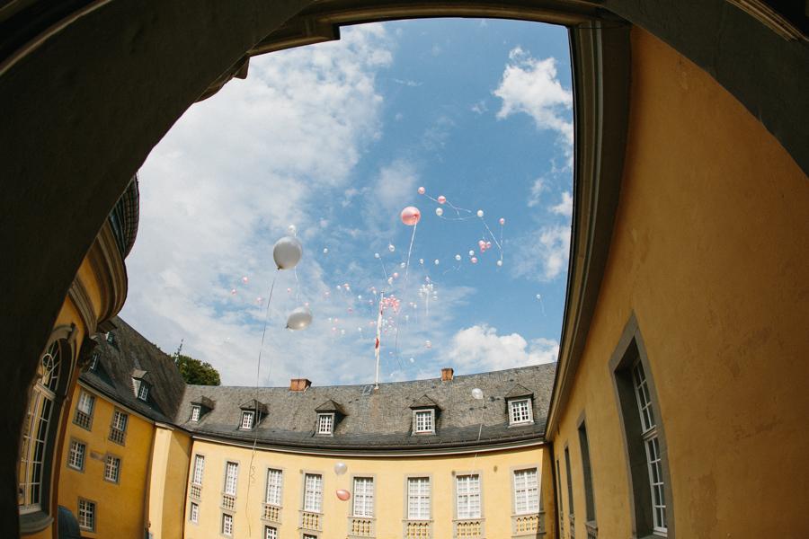 Hochzeit Luftballons Schloss