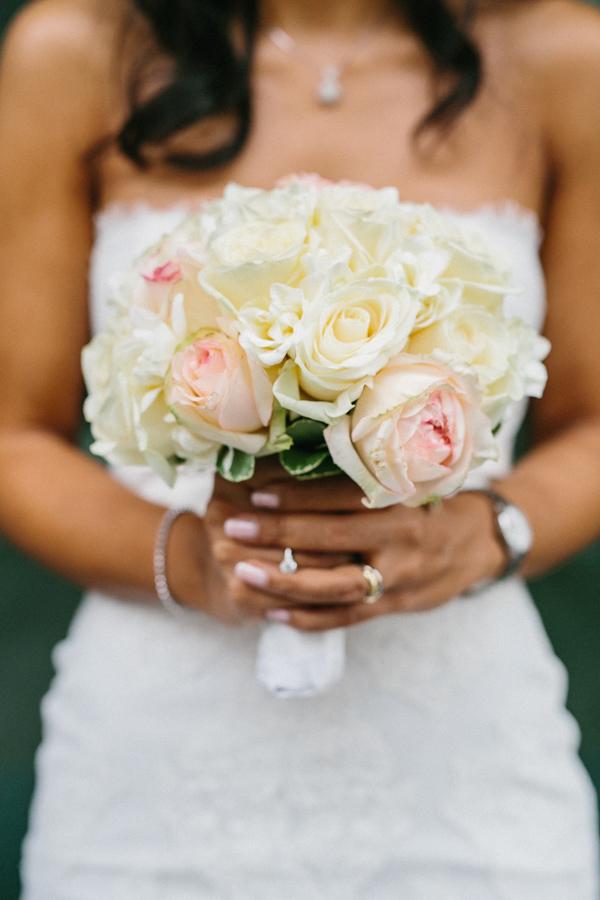 Braut Brautstrauß Rosen