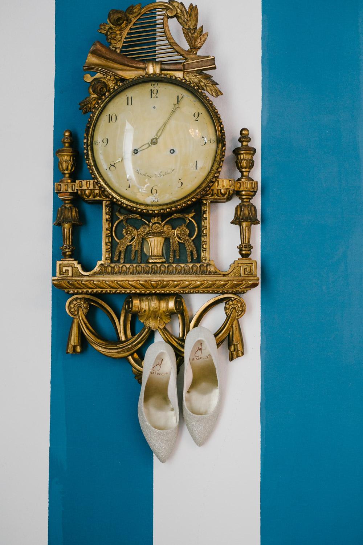 Brautschuhe Uhr