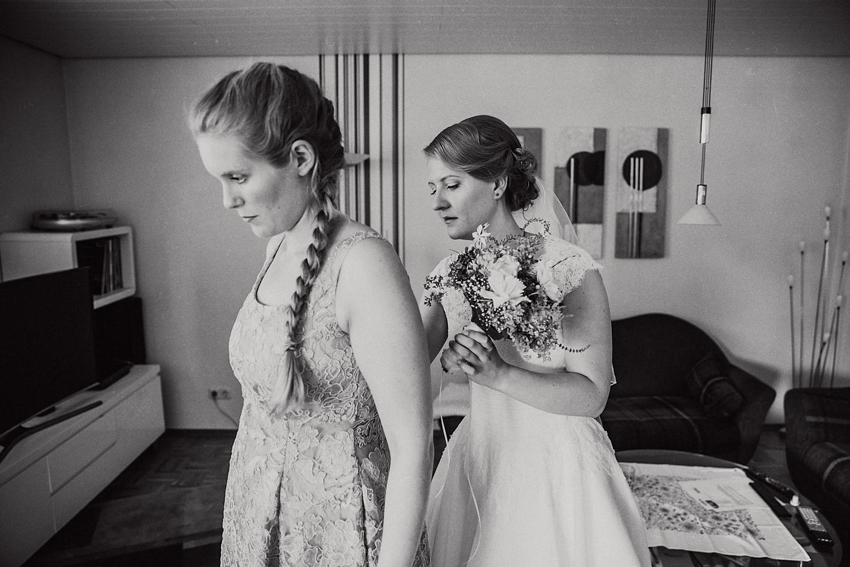 Braut Trauzeugin