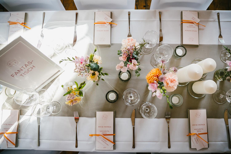 Hochzeitstisch Deko