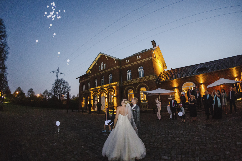 Bahnhof Nord Charmewedd Hochzeitsfotografie