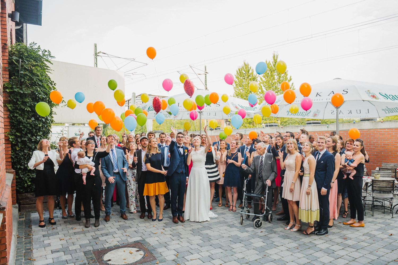 Gruppenbild auf Hochzeit