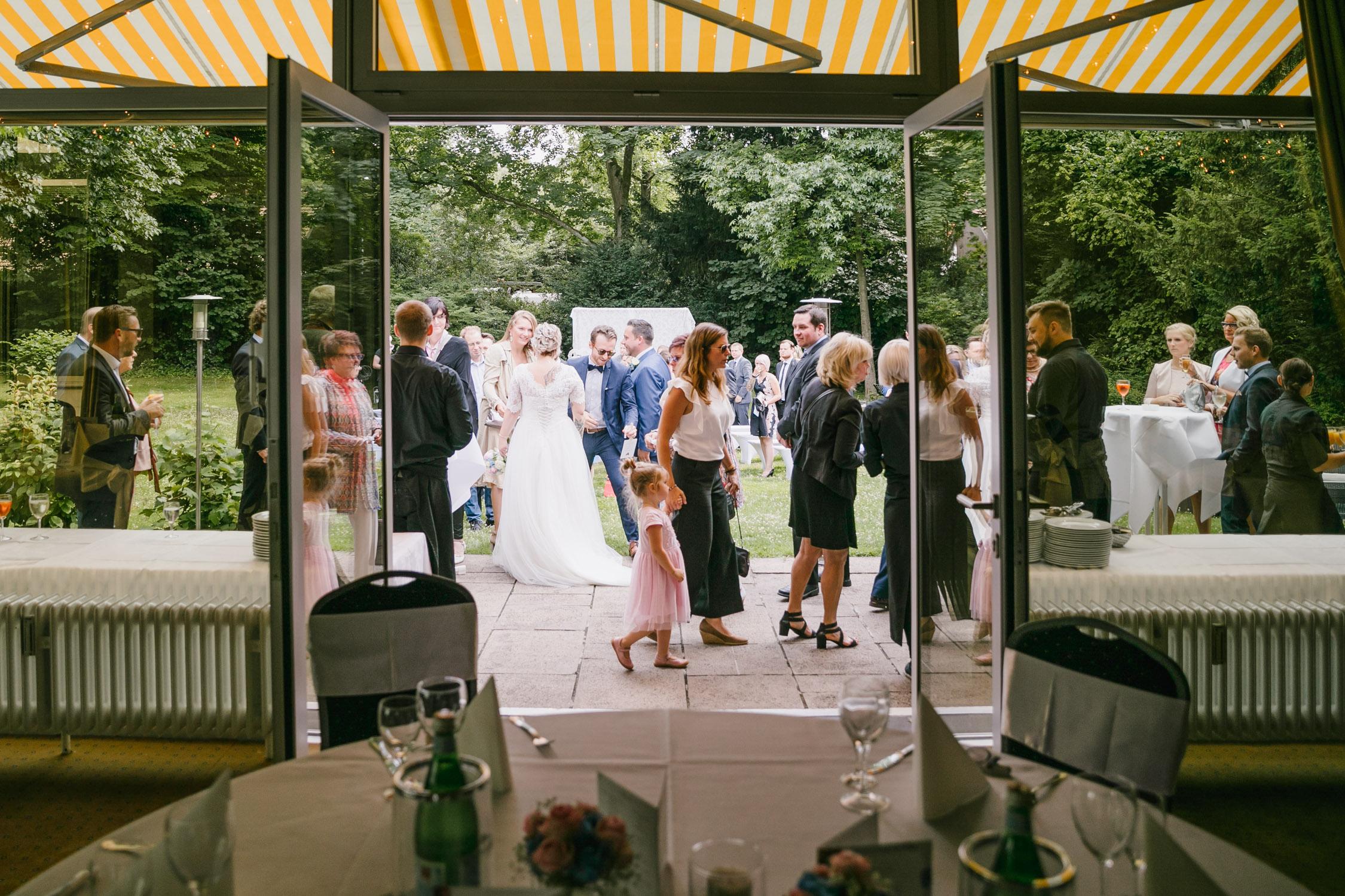 Eingang zum Hochzeitssaal