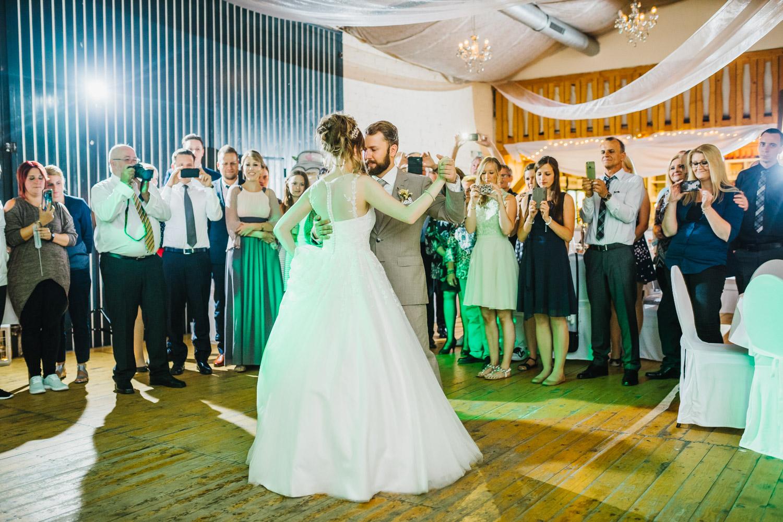 Bauer Sudfeld Charmewedd Hochzeitsfotografie